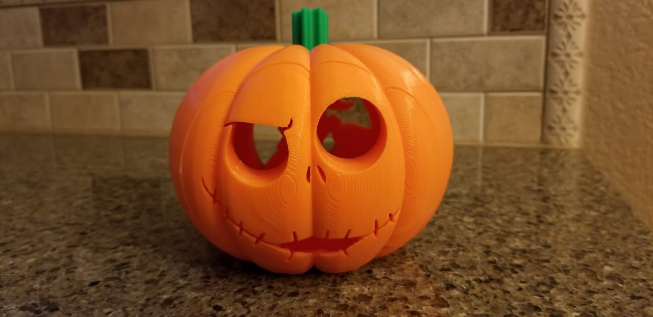Alien Pumpkin Carving Jack O Lantern With Snap Faces By Thjelmfelt