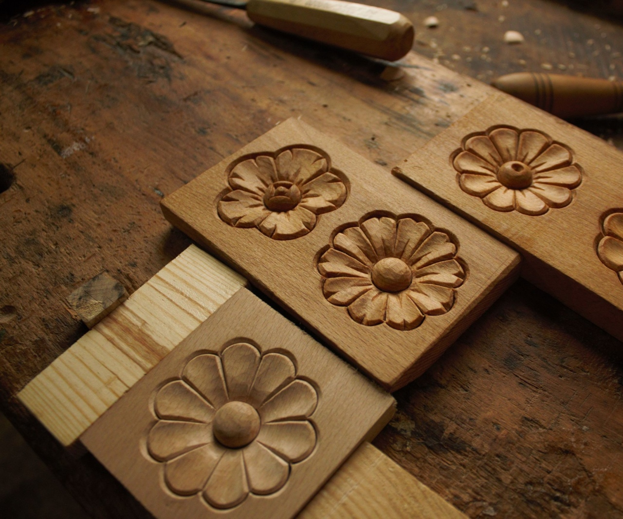Easy sculpture ideas for kids simple wood carving flower rosette