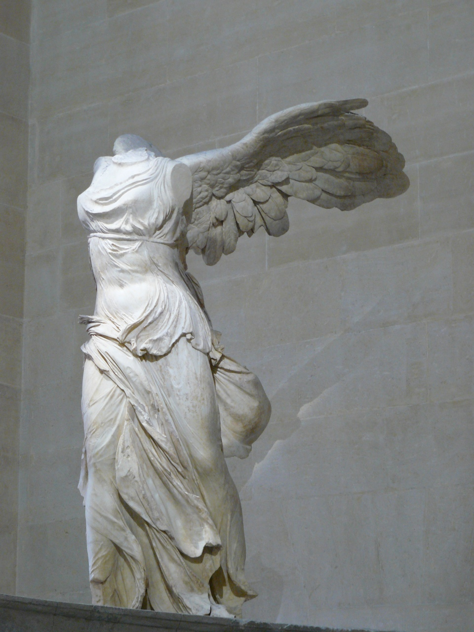 Famous Western Sculpture Artists Winged Victory Of
