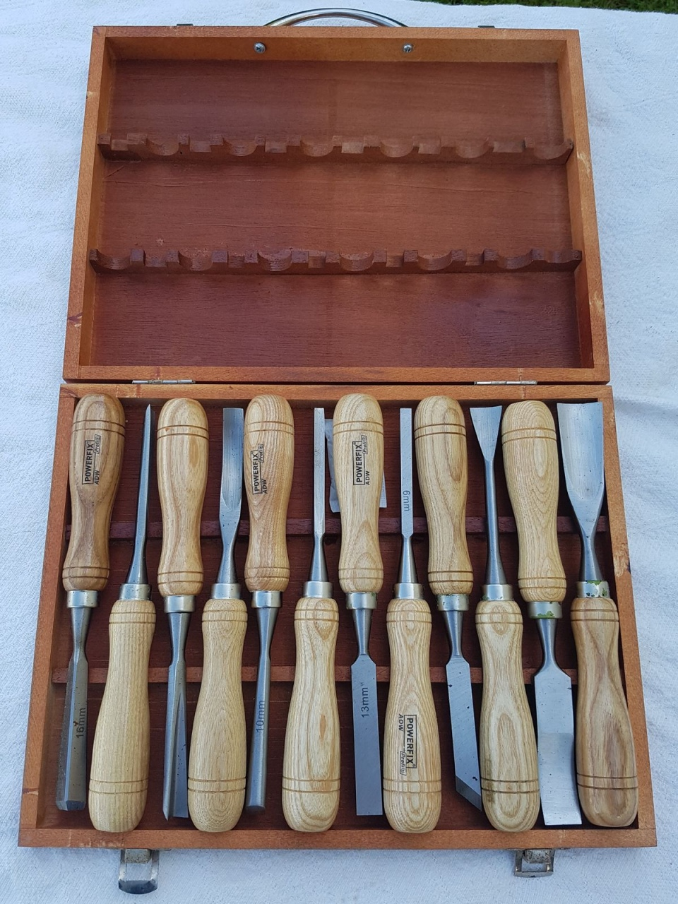 Used Wood Carving tools — Lorenzo Sculptures